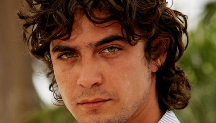 Riccardo Scamarcio Scorpione